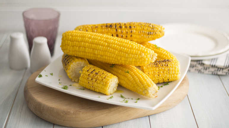 Sweetcorn cooked how you like i image