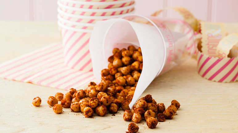 Spice-roasted chickpeas image