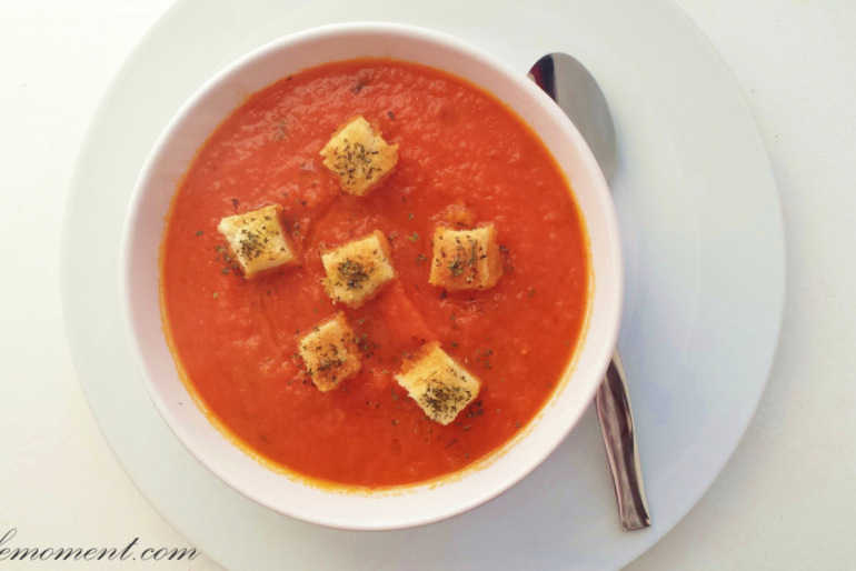 Creamy Tomato and Carrot Soup (healthy version) image