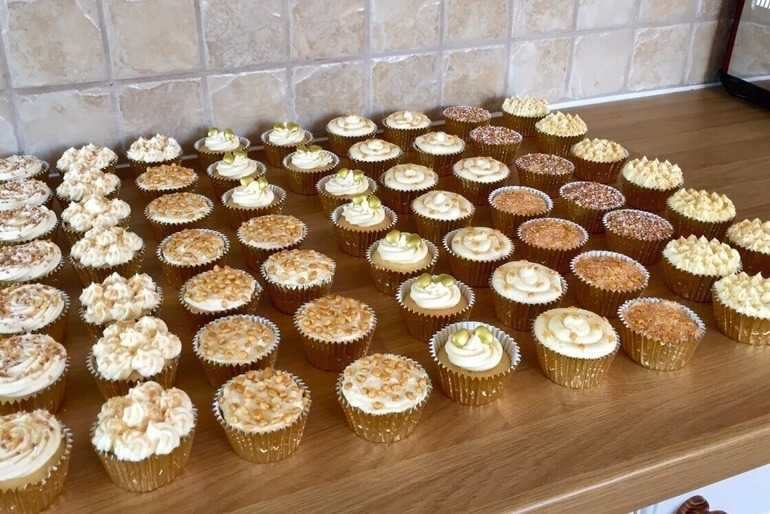 Golden Cupcakes image