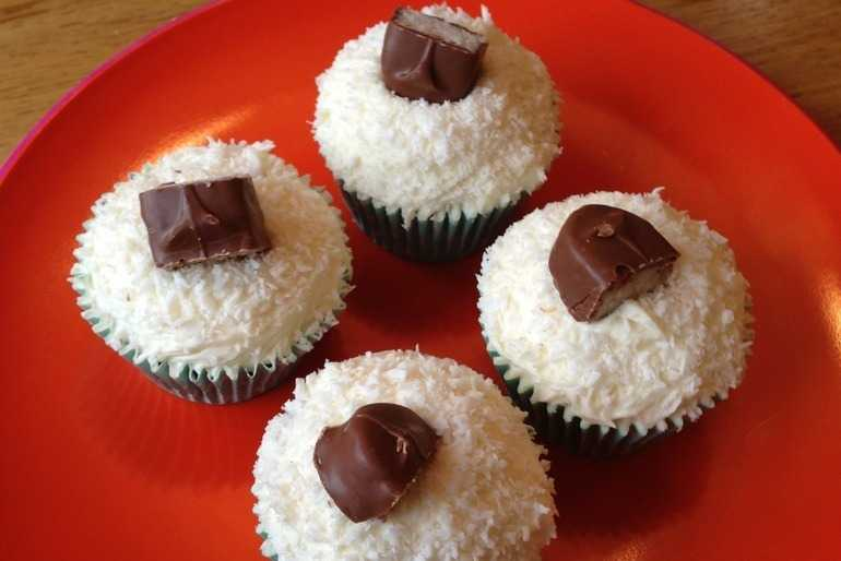 Bounty Cupcakes image