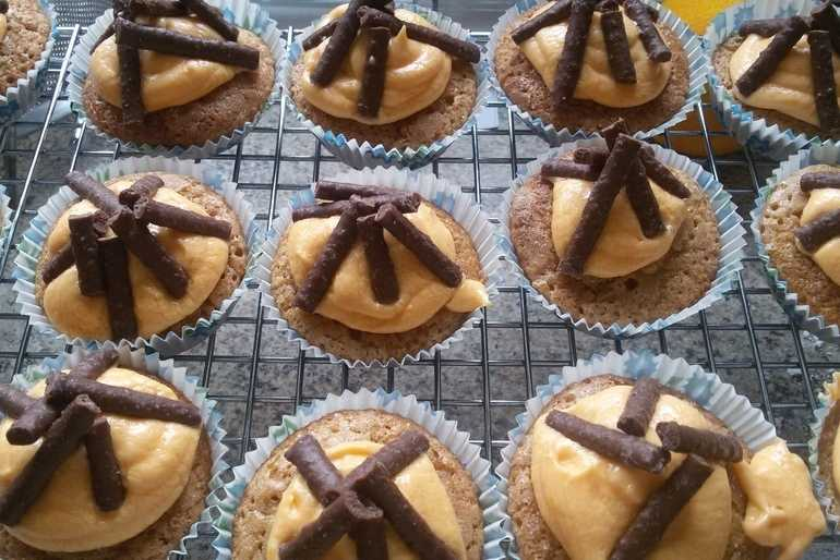 Campfire Cupcakes   image